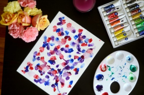 easy watercolor wall art (via cassandramonroe)
