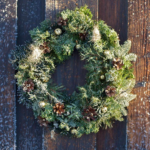 31 DIY Winter Wreaths With Nordic Touch