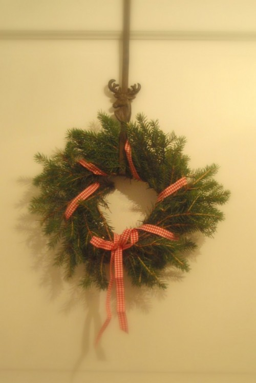 Pine and Ribbon Wreath (via)