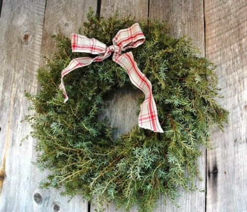 Juniper Christmas Wreath (via)