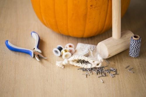 Diy Wire Web Pumpkin For Halloween Decor