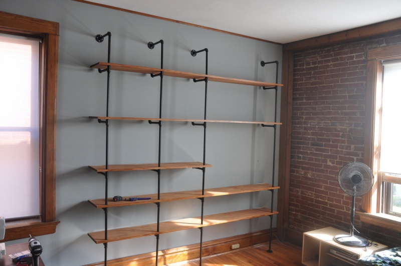 diy shelving system | Picture Of Diy Wood And Pipes Shelving System