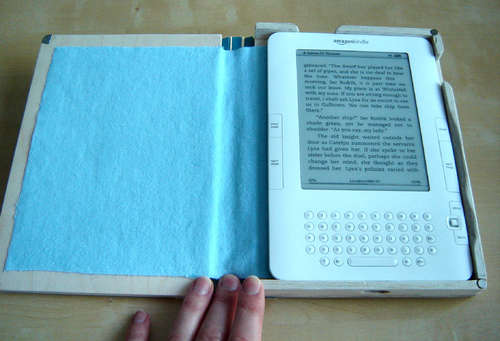 DIY Wooden Kindle Case