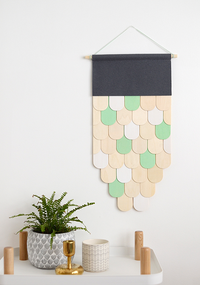 Picture Of diy wooden wall hanging for home decor  2