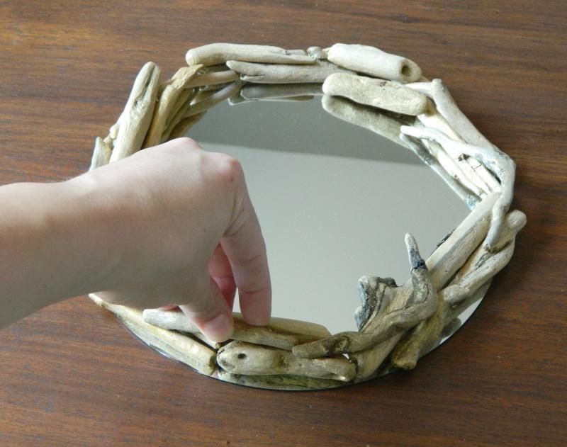 simple round driftwood mirror