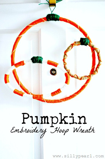yarn pumpkin wreath (via sillypearl)