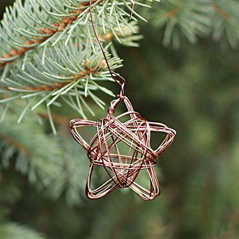 star wire ornament (via alyssaandcarla)