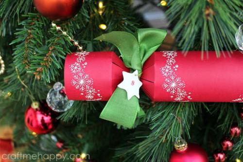 Christmas cracker (via craftmehappy)