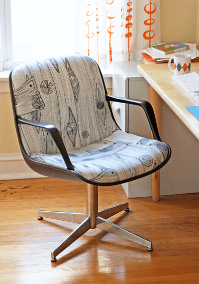 reupholstered steelcase chair (via howaboutorange)