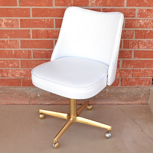 office chair makeover (via dreamalittlebigger)
