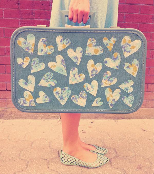 heart suitcase decor