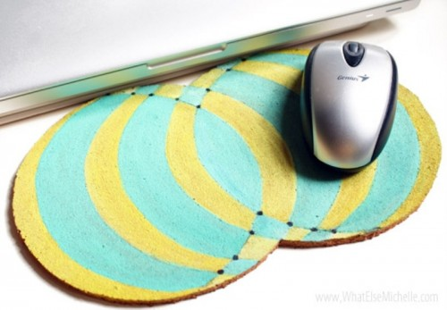 colorful cork mouse pad (via shelterness)