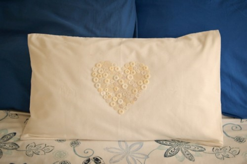 Easy DIY Button Heart Pillow