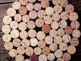 easy-diy-cork-trivet-of-wine-corks-and-metal-1