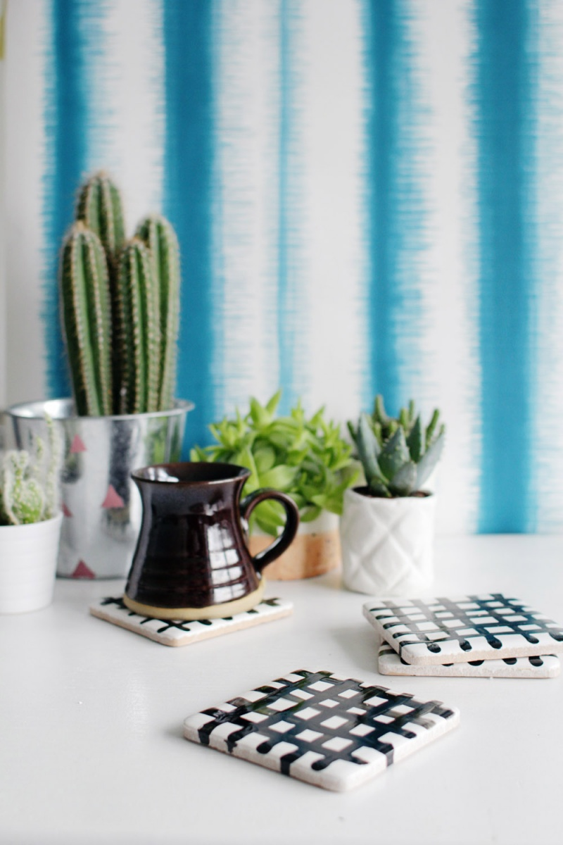 Picture Of easy diy crisscross coasters from tiles  10