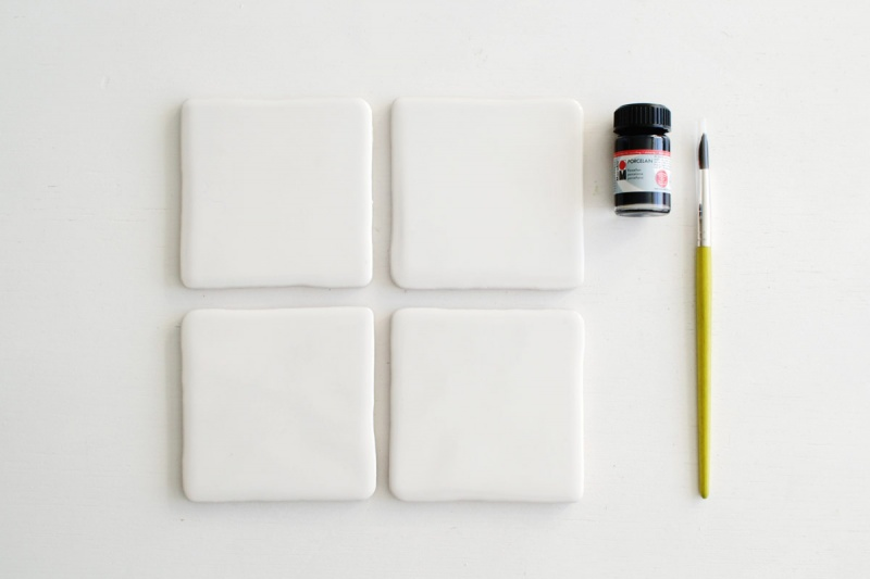 Picture Of easy diy crisscross coasters from tiles  3