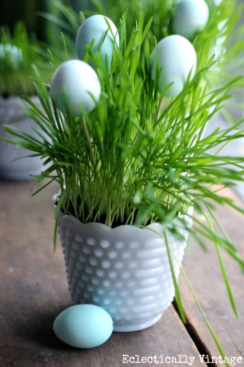 grass and eggs centerpiece