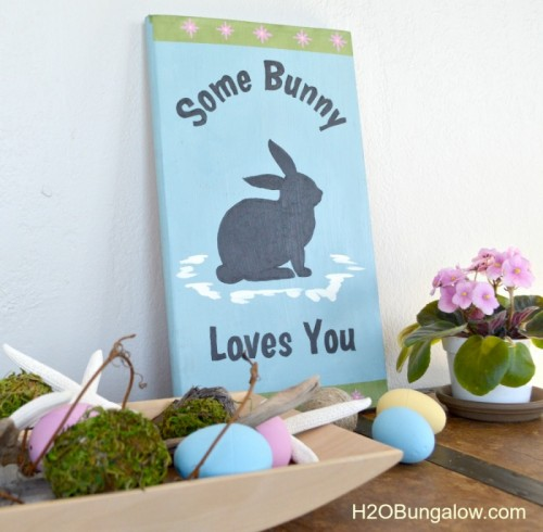 'Bunny Loves You' sign (via h2obungalow)