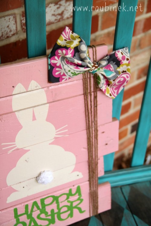 Easter scrap wood sign (via roubinek)