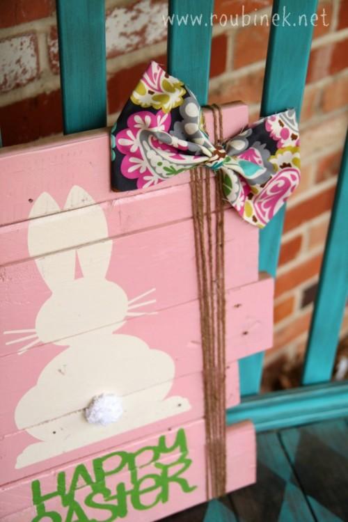 Easter scrap wood sign (via roubinek)