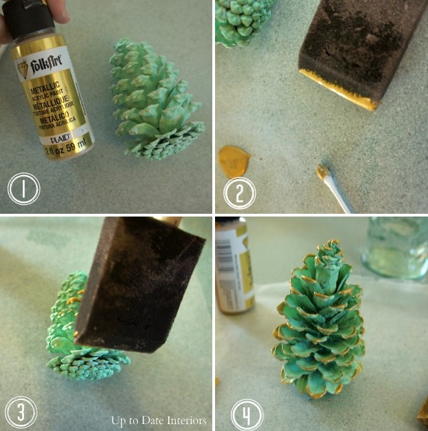 Picture Of easy diy festive pinecone swag  6
