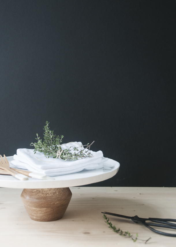 Picture Of easy diy modern cake stand in a minute  3