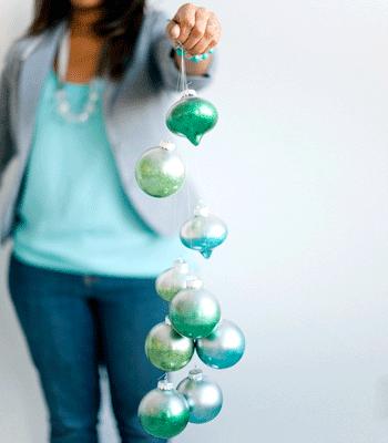 metallic ombre ornaments (via confettipop)