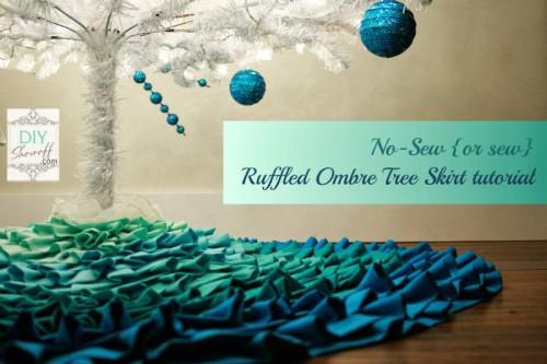 ombre ruffled tree skirt (via diyallthings)