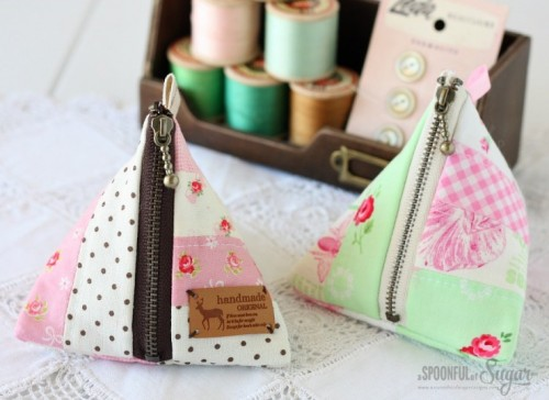 6 Easy DIY Patchwork Pouches To Make