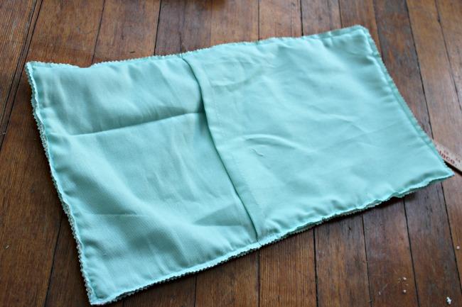 Easy Diy Pompom Pillow