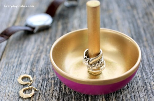 Easy DIY Ring Dish With A Holder