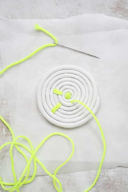 Easy DIY Rope Coasters With Neon Touches
