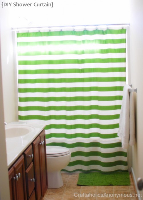 striped shower curtain (via craftaholicsanonymous)