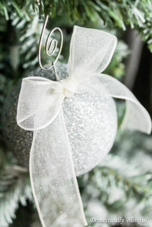 Easy DIY Sparkling Glitter Christmas Ornaments