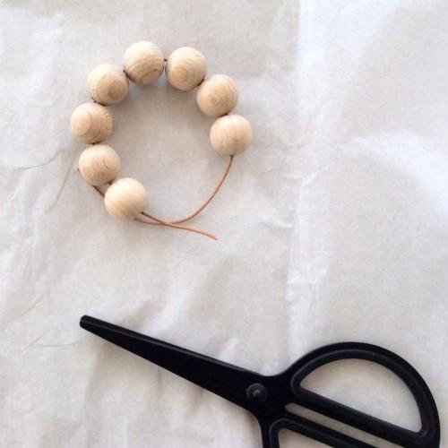 Easy DIY Wooden Bead Egg Holders