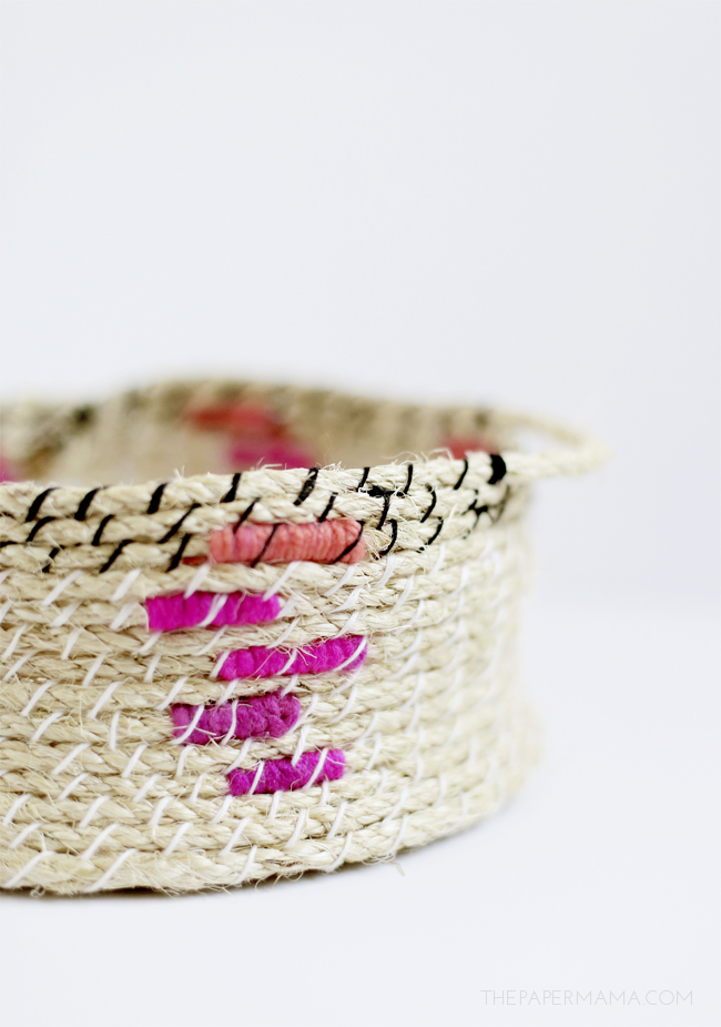 Picture Of easy diy woven rope baskets for storage  2