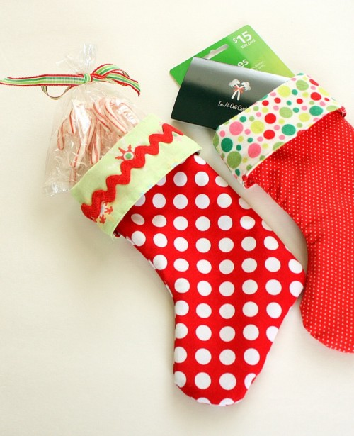 25 Cool Handmade Christmas Stockings With Tutorails Easy Stocking Tutorial