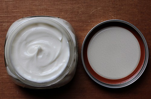 Easy To Make And All-Natural DIY Moisturizer