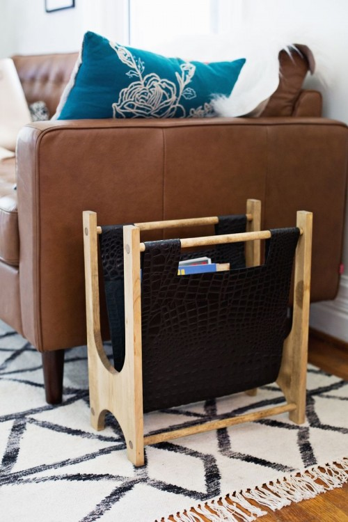12 Easy To Make DIY Magazine Racks