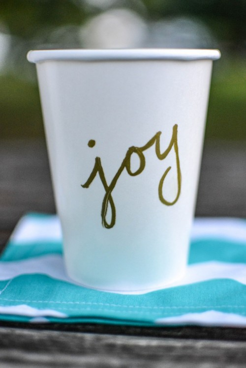 Easy To Make Diy Word Party Cups
