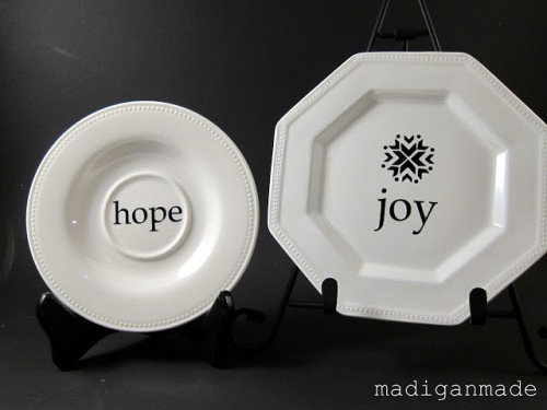 decorative Christmas plates (via madiganmade)
