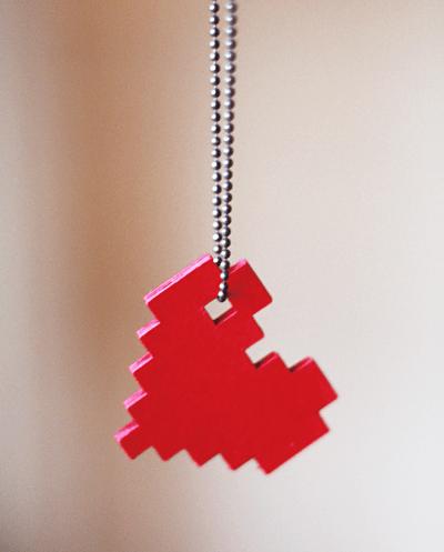 DIY pixel heart necklace