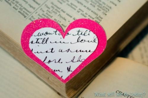 DIY valentine's day bookmarks