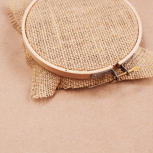 DIY Embroidery Hoop Frame For Photo Prints  Shelterness