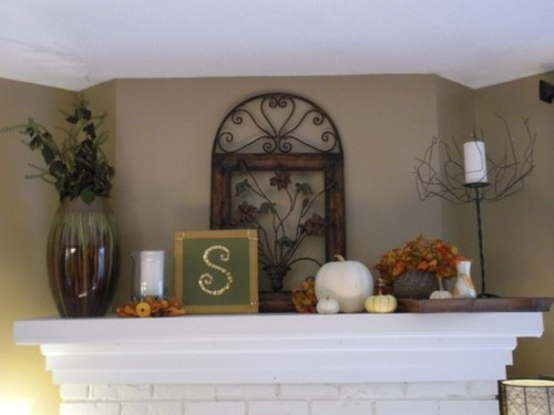 It's a cool idea to put your family's stamp on the mantel to prepare it for Thanksgiving.