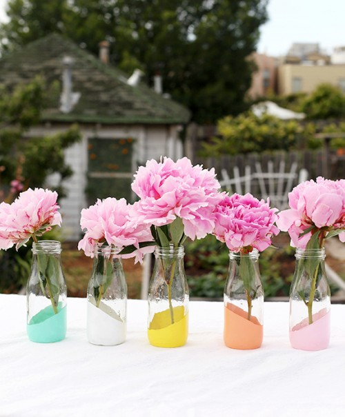 10 Extremely Easy DIY Dipped Vases
