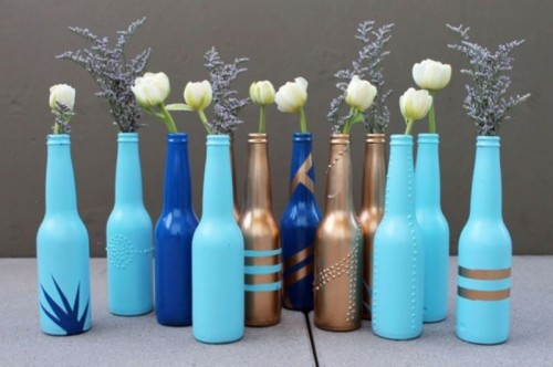 beer bottle vases (via shelterness)