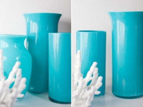 aqua enamel vases (via shelterness)