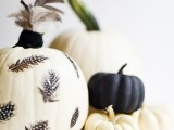 eye-catching-diy-feathered-decoupage-pumpkin-6