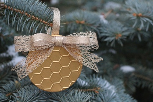 gold honeycomb ornament (via craftsunleashed)